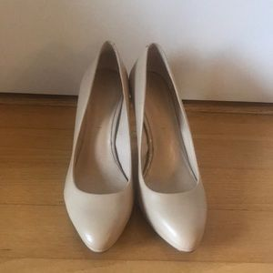 Banana Republic Nude Heels